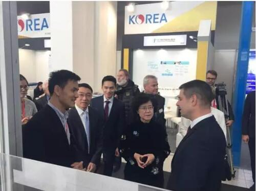 安托山亮相国际知名工业机械展 现场引发中捷两国领导关注!