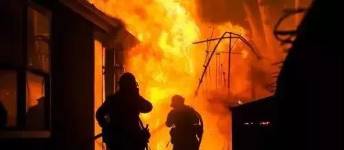 电动车安全问题依然严峻,连续两起火灾事故拉响警钟!