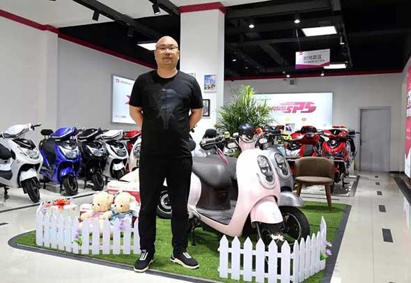 年销量3万网点超60,他改变了郑州电动车市场格局!