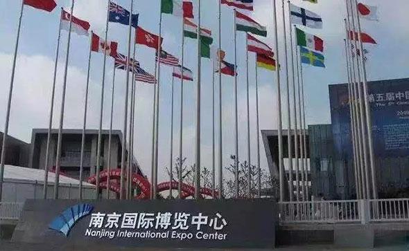 机遇不容错过!地表最强锂电-5C超级电池雄踞南京展!