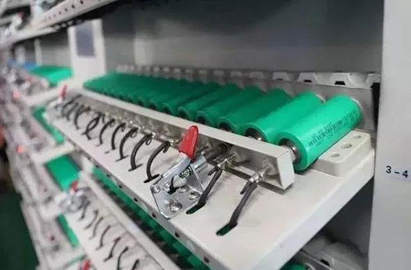 电动车电池选铅酸,还是锂电?看了这个就明白!