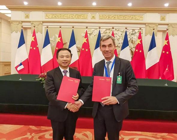 重磅丨两国元首共同见证,天能和帅福得在人民大会堂签署合作协议