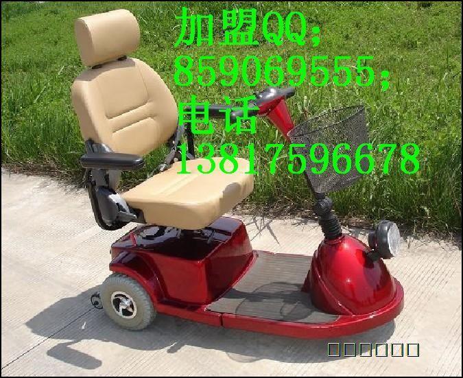 三轮老年代步车   三轮老年代步车   高清图片