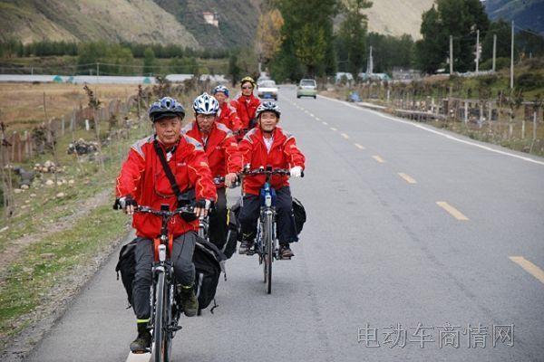 红色中国梦电动车